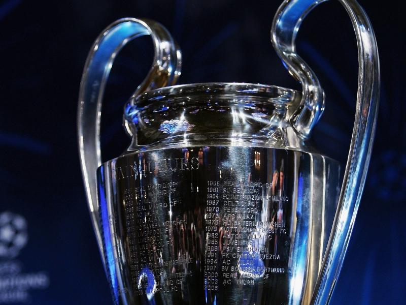 Inilah Klub Sepakbola Yang Pernah Meraih Treble Winner - GULANGGULING.COM